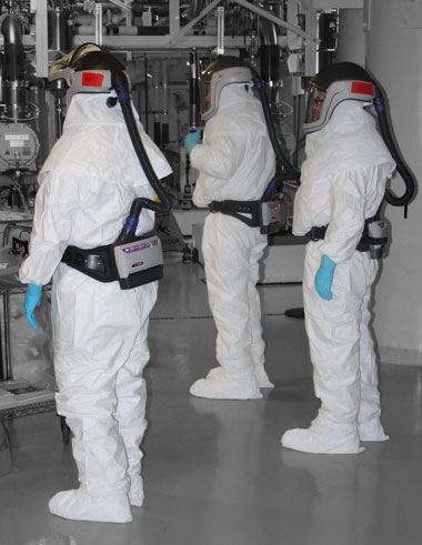 Before entering the hazardous environment inside the target chamber to replace panels, technicians have already trained with VR to familiarize themselves with the replacement procedure.