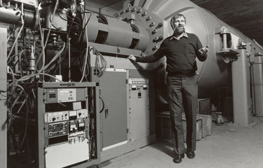 Photo of Jay Davis in the Center for Accelerator Mass Spectrometry.
